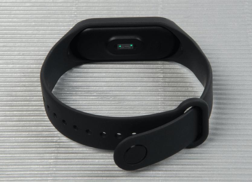 Обзор Xiaomi Mi Band 3 – дешевый и функциональный браслет