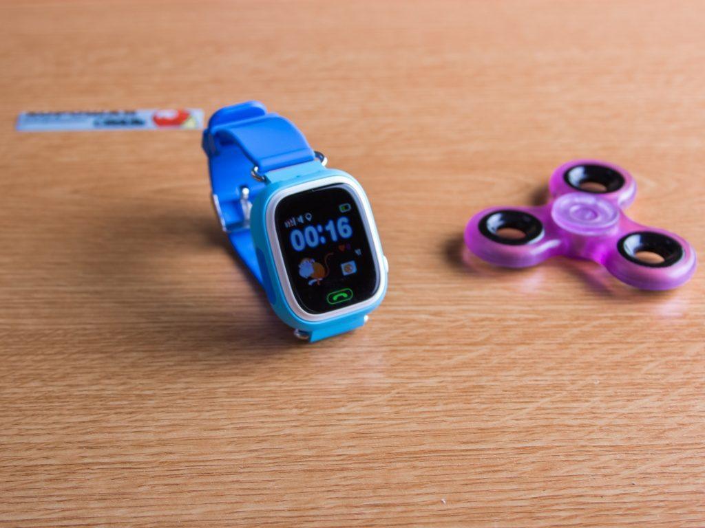 Умные часы prolike plsw90 – бюджетный гаджет, который понравится вашему ребенку.