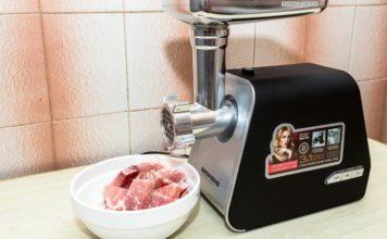 Рейтинг популярных мясорубок Redmond